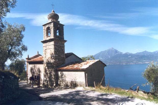 Permalink to: Wanderweg zu den Kirchen