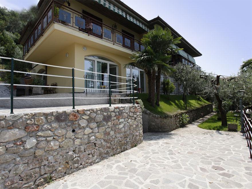 Permalink to: Casa Graziella in Torri del Benaco.