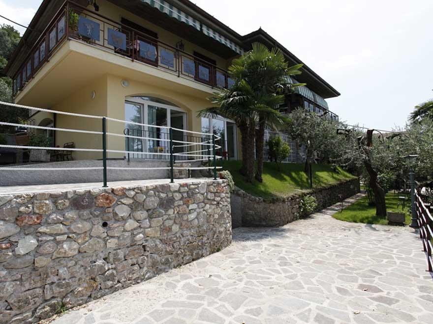 Permalink to: Bed & Breakfast Casa Graziella